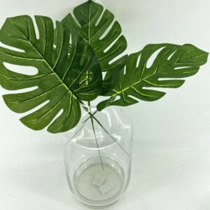 GL33 Single small turtle leaf (20cm)